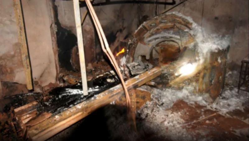 Fotos após incêndio no Hospital Badim mostram rastro de destruição provocado pelo fogo e fumaça