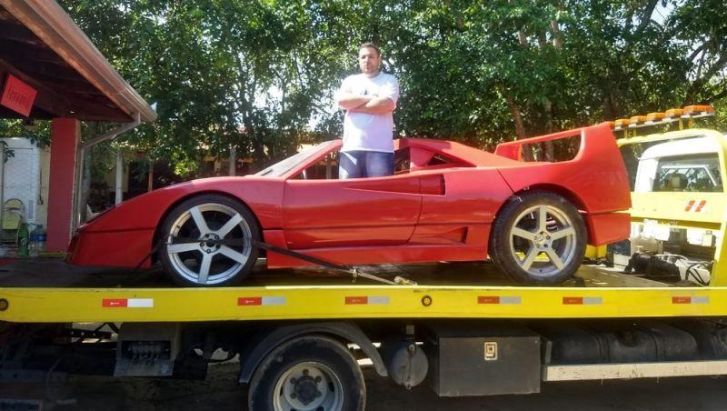 Processado pela Ferrari por plágio pede indenização de R$ 100 mil à marca por dano moral