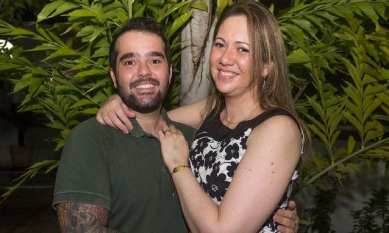 A história de amor que levou médica brasileira com doença rara a suspender suicídio assistido