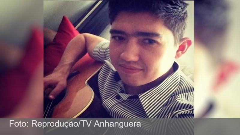 Compositor que escrevia músicas para sertanejos famosos morre em acidente com caminhão na BR-452, em Itumbiara