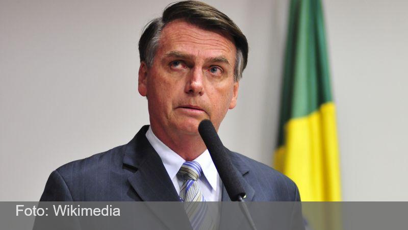 'Vamos meter o dedo na energia elétrica', diz Bolsonaro um dia depois de anunciar troca no comando da Petrobras