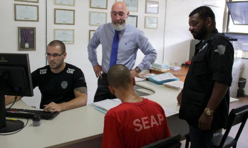 Polícia Civil apresenta dois suspeitos de homicídio praticado no mês de agosto em JF