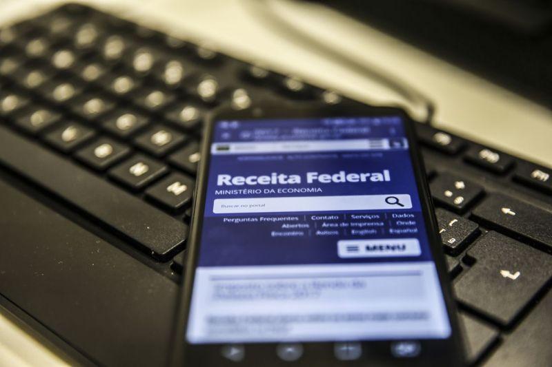 A duas semanas do fim do prazo, 46,8% declararam Imposto de Renda