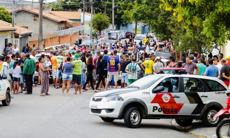 Pai mata duas filhas a tiros, fere avó delas e comete suicídio em SP