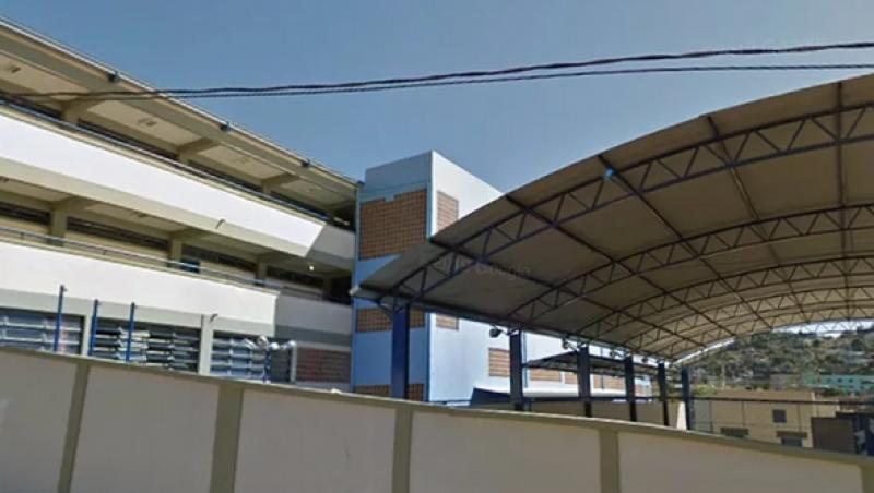 Estudante é esfaqueado por outra em escola pública em Juiz de Fora