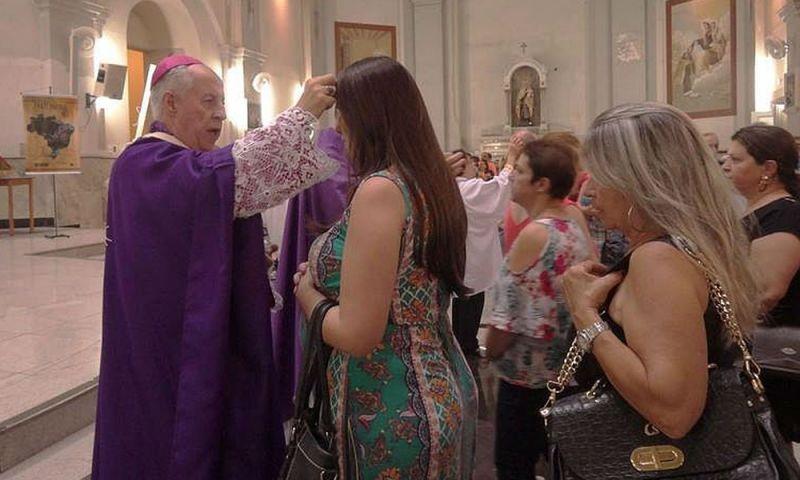 Católicos da Zona da Mata celebram Quarta-feira de Cinzas