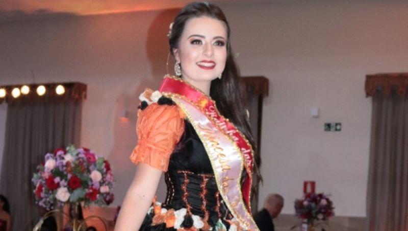 Rainha das Rosas e Flores é escolhida em Barbacena
