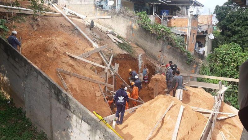 Prefeitura embarga obra onde houve soterramento em Juiz de Fora por falta de alvará
