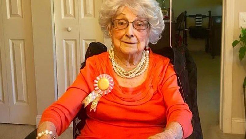 Vovó de 109 anos revela segredo: uma taça de vinho toda sexta-feira