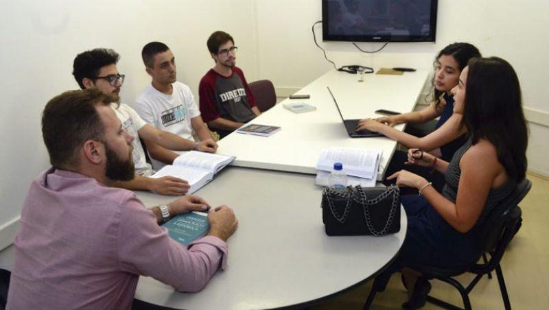 Clínica de Direitos oferece assistência para grupos vulneráveis em JF