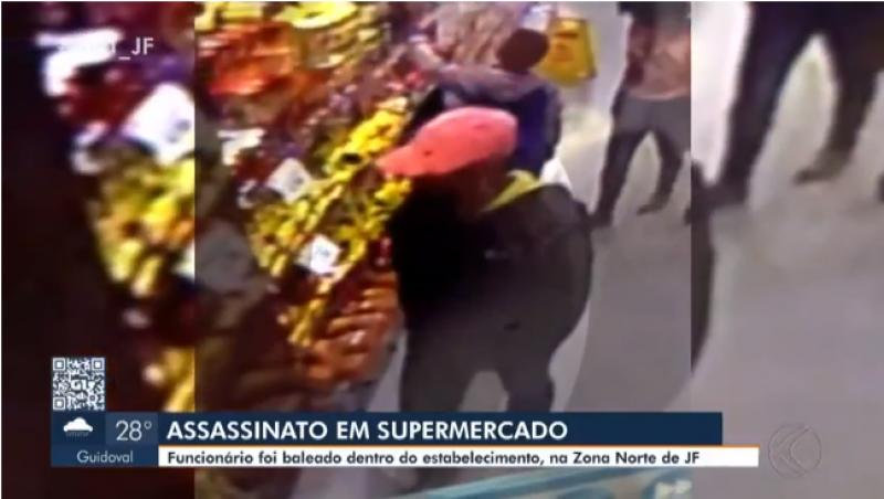 Homicídio é registrado dentro de supermercado em Juiz de Fora; vídeo mostra o criminoso no local