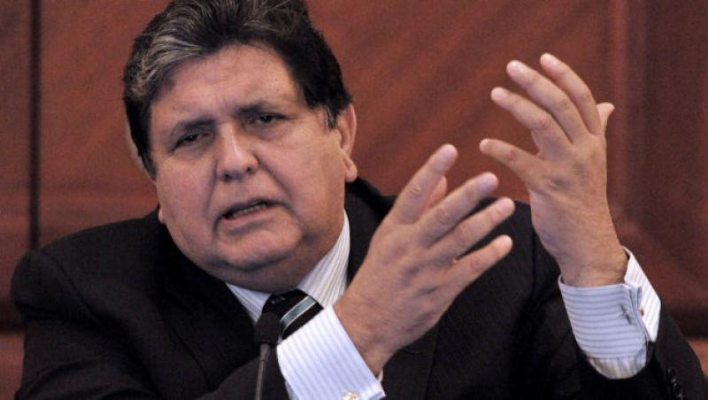 Corpo de ex-presidente do Peru é velado em Lima