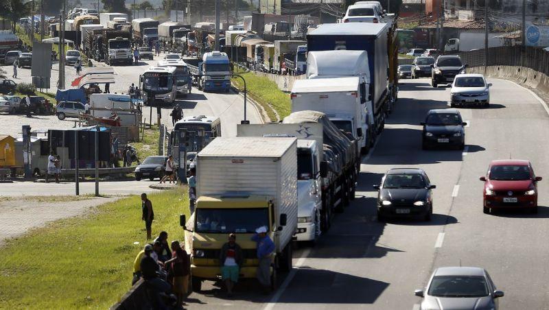 CNTA: cabe ao governo solução para evitar paralisação de caminhoneiros
