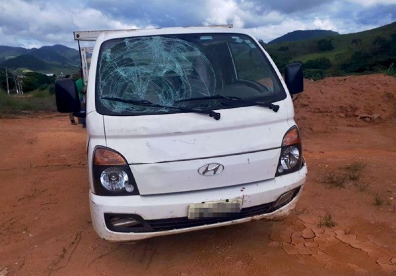 Motorista é baleado em Muriaé e atropela suposto atirador