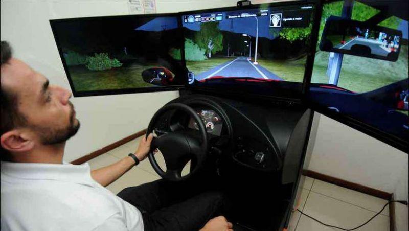 Fim da obrigatoriedade do simulador e carga horária menor podem deixar CNH 15% mais barata