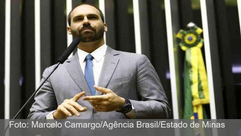 Eduardo Bolsonaro é condenado a pagar R$ 30 mil a jornalista
