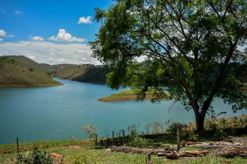 UFJF busca parceria com Exército para Fazenda Experimental