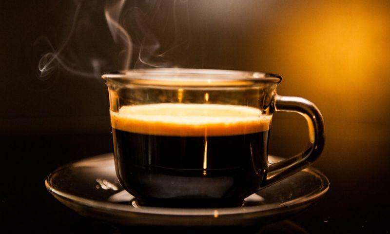 Café antes de exercícios físicos pode causar danos à saúde, diz pesquisa da Unesp de Marília
