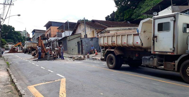 Secretaria de Obras de JF inicia manutenção de rede de drenagem no São Bernardo