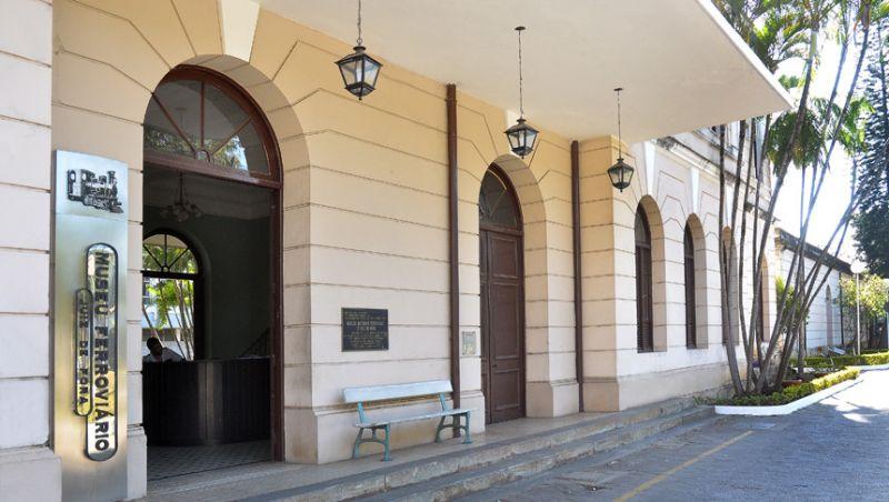 Zumba de Natal promete animar o Museu Ferroviário de Juiz de Fora na segunda-feira