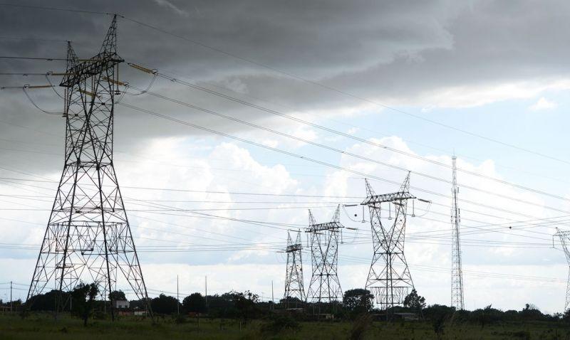 Carga de energia do Brasil recua para níveis de fim de semana