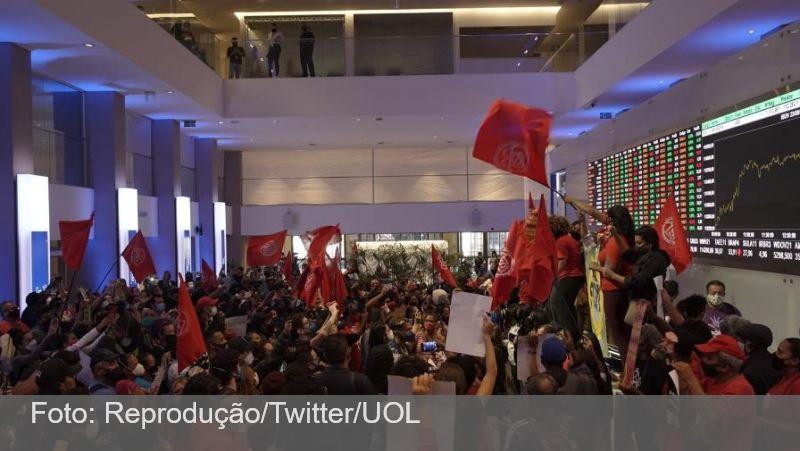 MTST ocupa a Bolsa de Valores de SP em protesto contra fome e inflação