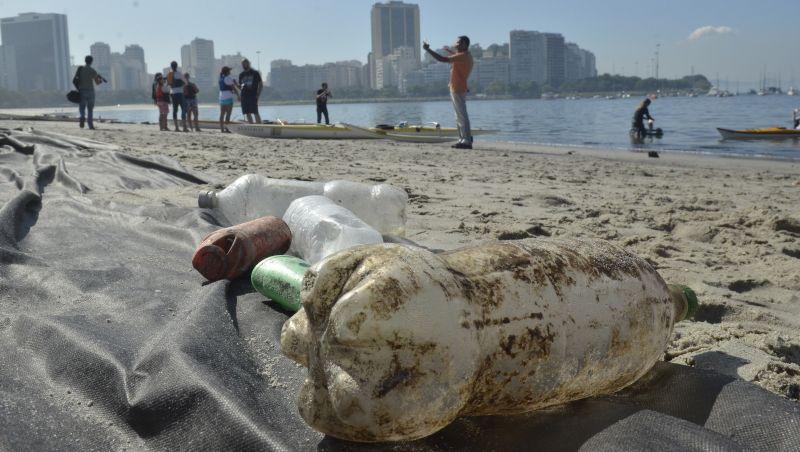 Petrobras desenvolve tecnologia para desintegrar garrafas PET