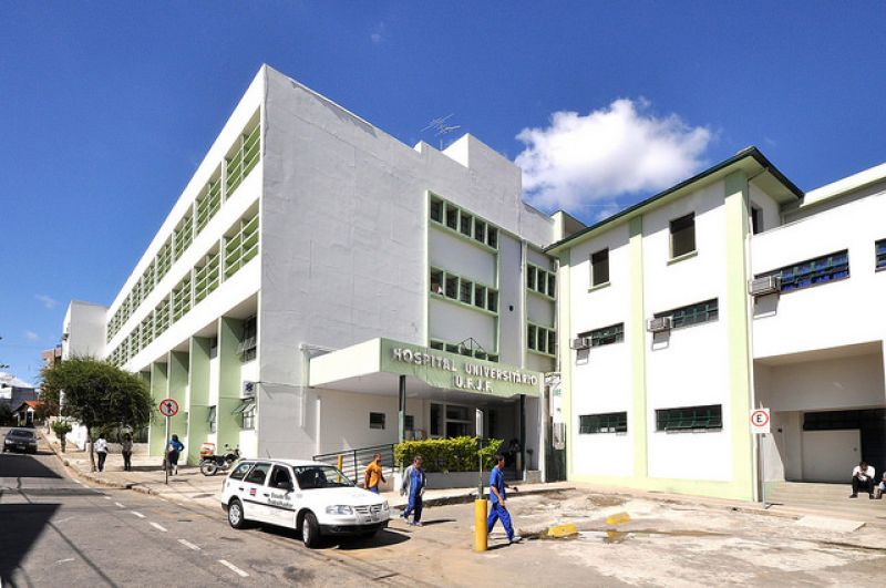 Concurso para Hospital Universitário da UFJF tem 35 vagas diretas mais cadastro reserva