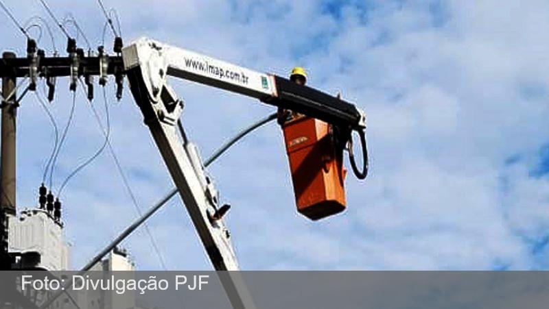 JF: Avenida Getúlio Vargas recebe lâmpadas de LED em toda sua extensão