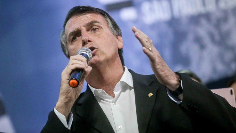 Bolsonaro contesta candidatura de Lula no TSE