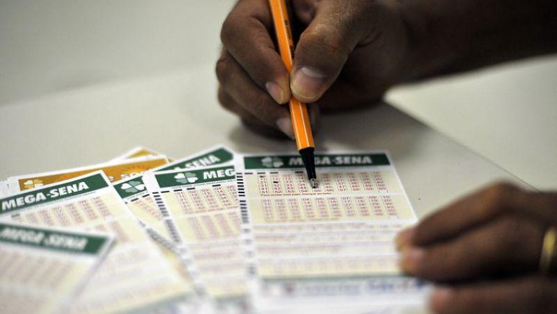 Mega-Sena pode pagar prêmio de R$ 37 milhões neste sábado