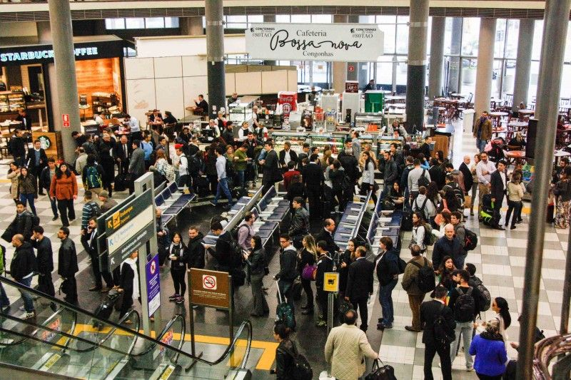 Demanda por transporte aéreo pode triplicar em 20 anos, aponta estudo