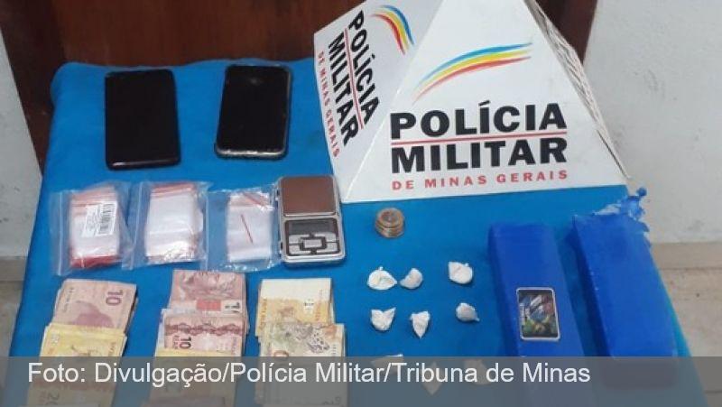 PM apreende drogas no Bairro Adolpho Vireque em Juiz de Fora