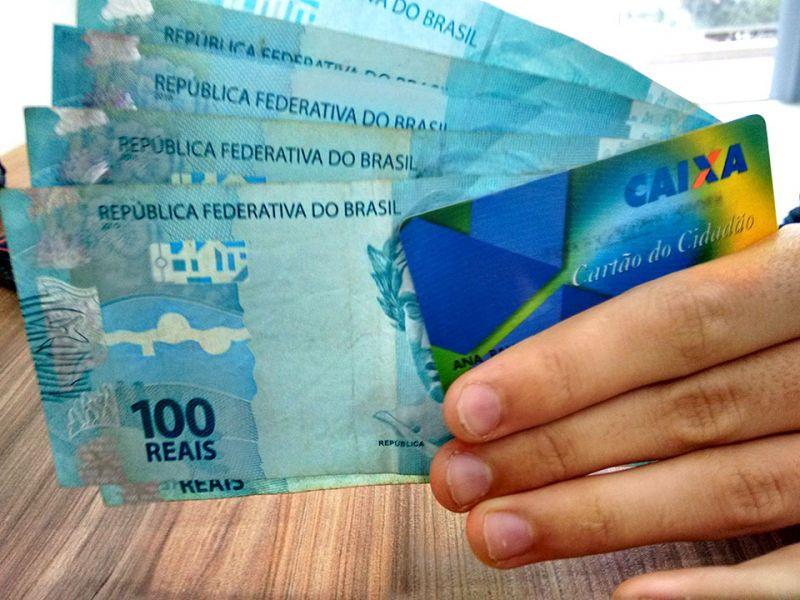 Retiradas do PIS/Pasep alcançam R$ 792,4 milhões na primeira semana