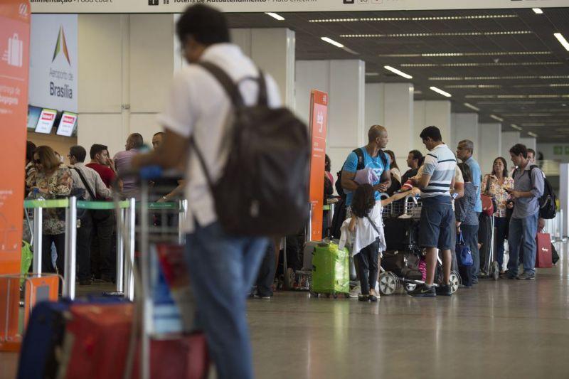 Câmara instala subcomissão para discutir atuação de companhias aéreas