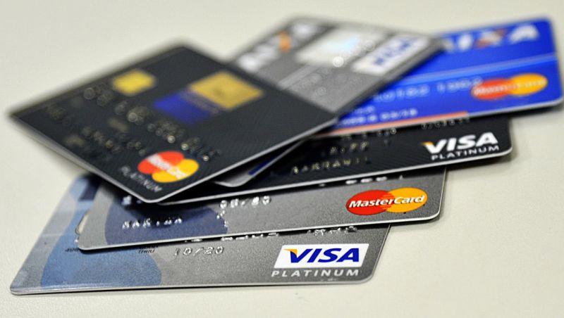 Compras com cartões crescem 18% no primeiro semestre