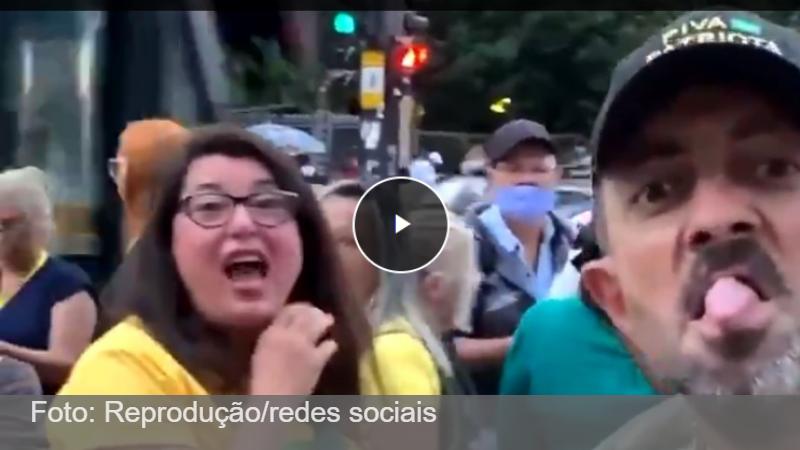Impressionante: Bolsonaristas xingam mulher que usava máscara na Paulista - vídeo