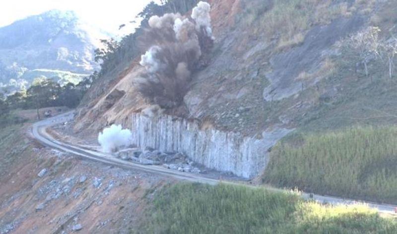 Obra na BR-116, Serra do Belvedere em Muriaé, tem nova explosão