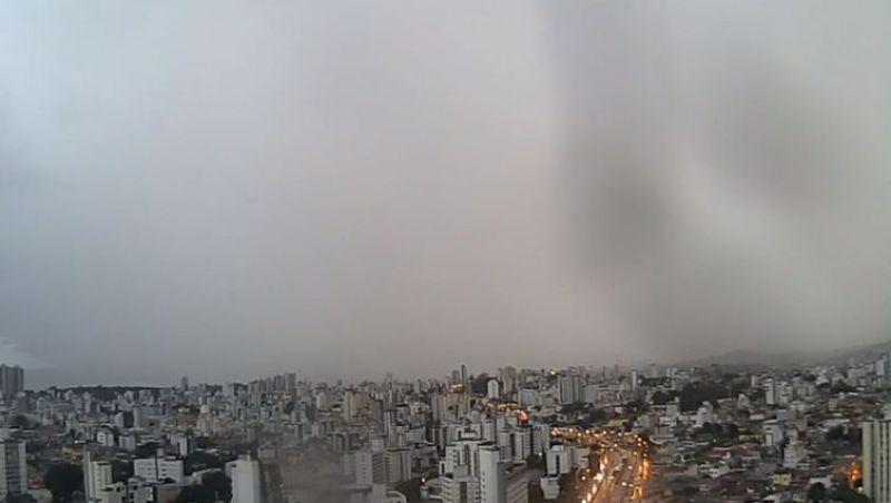 Belo Horizonte tem previsão de mais chuva; temporais já mataram quatro