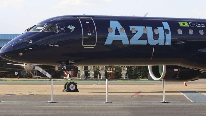 Azul anuncia suspensão de vários voos internacionais