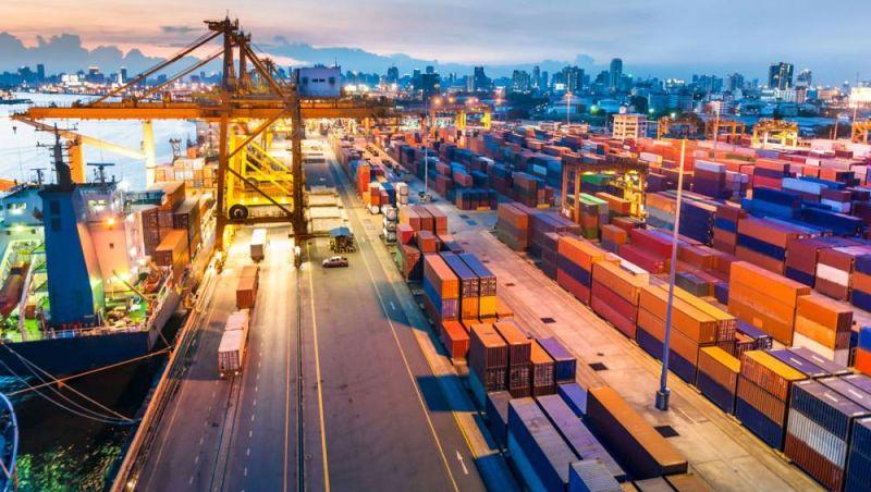 Exportações brasileiras crescem acima da média mundial em 2017, aponta relatório