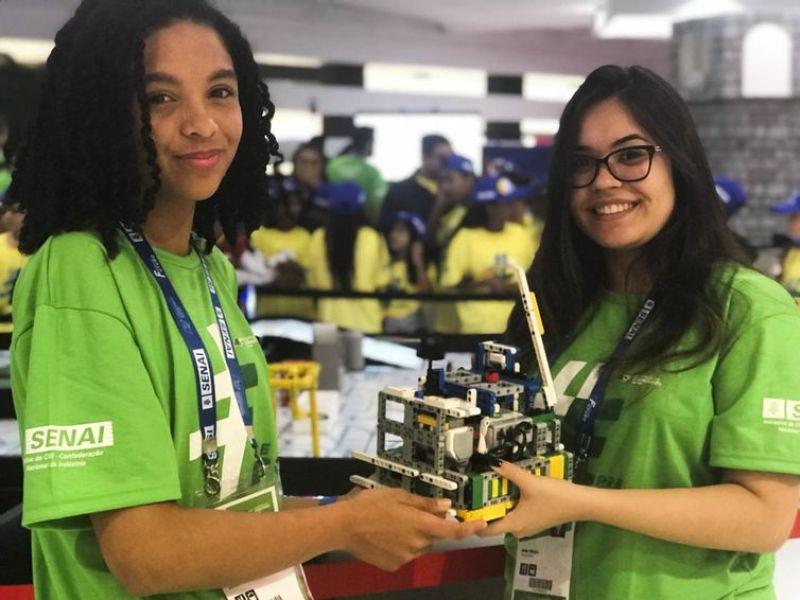 Mulheres trocam experiências e buscam espaço em mercado de tecnologia