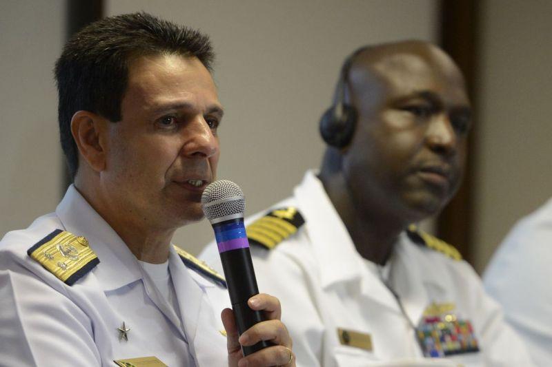 Marinha do Brasil faz operação com mais de 3 mil militares