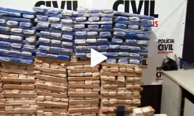 Polícia Civil apreende centenas de tabletes de maconha em Juiz de Fora