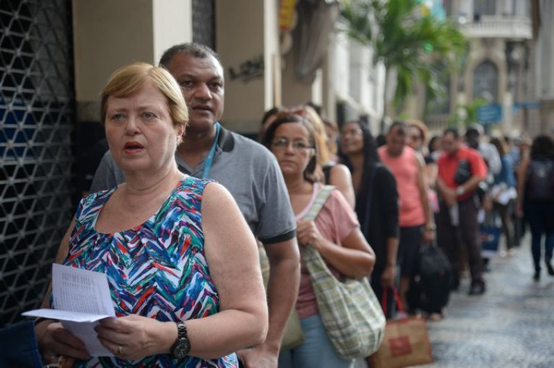 Para 89% dos brasileiros, saúde é considerada péssima, ruim ou regular