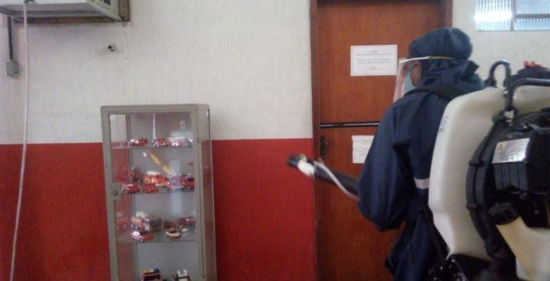 Guarda Municipal de JF atua na descontaminação da sede do Batalhão de Bombeiros