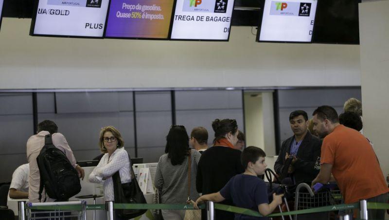 Gastos em viagens internacionais caem 2,93% em abril
