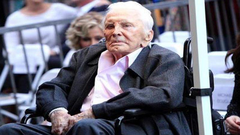 Ator Kirk Douglas deixa fortuna de R$ 285 milhões para caridade