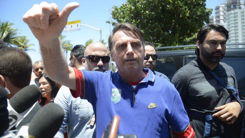 Bolsonaro diz que deve remarcar cirurgia