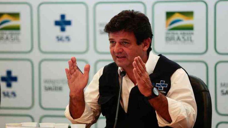 Mandetta diz que foi pressionado por 2 médicos após reunião com Bolsonaro